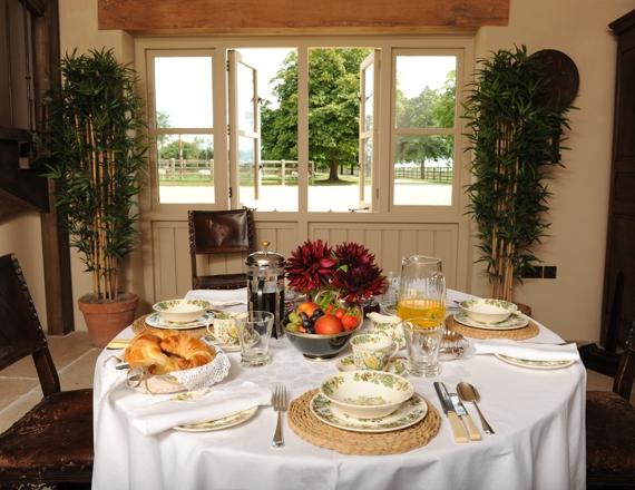 Breakfast at Poulton Hill
