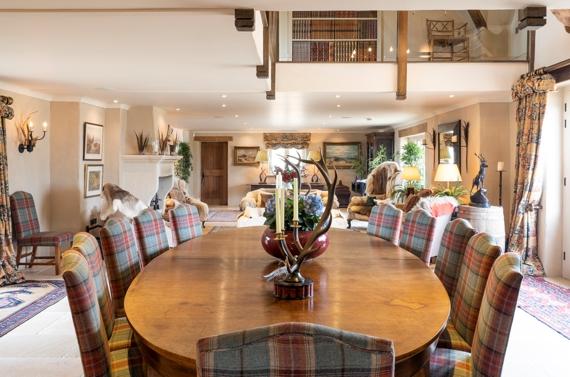 Poulton Hill Estate – Long Room table