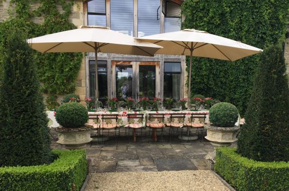 Poulton Hill Estate – Dining al fresco